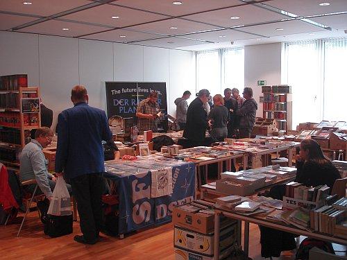 Vorraum/Buchmarkt